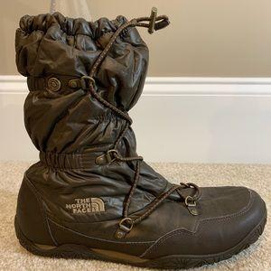 The NorthFace Icepick Primaloft Brown Snow Boot, 9